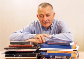 Professor Mario Magagnino