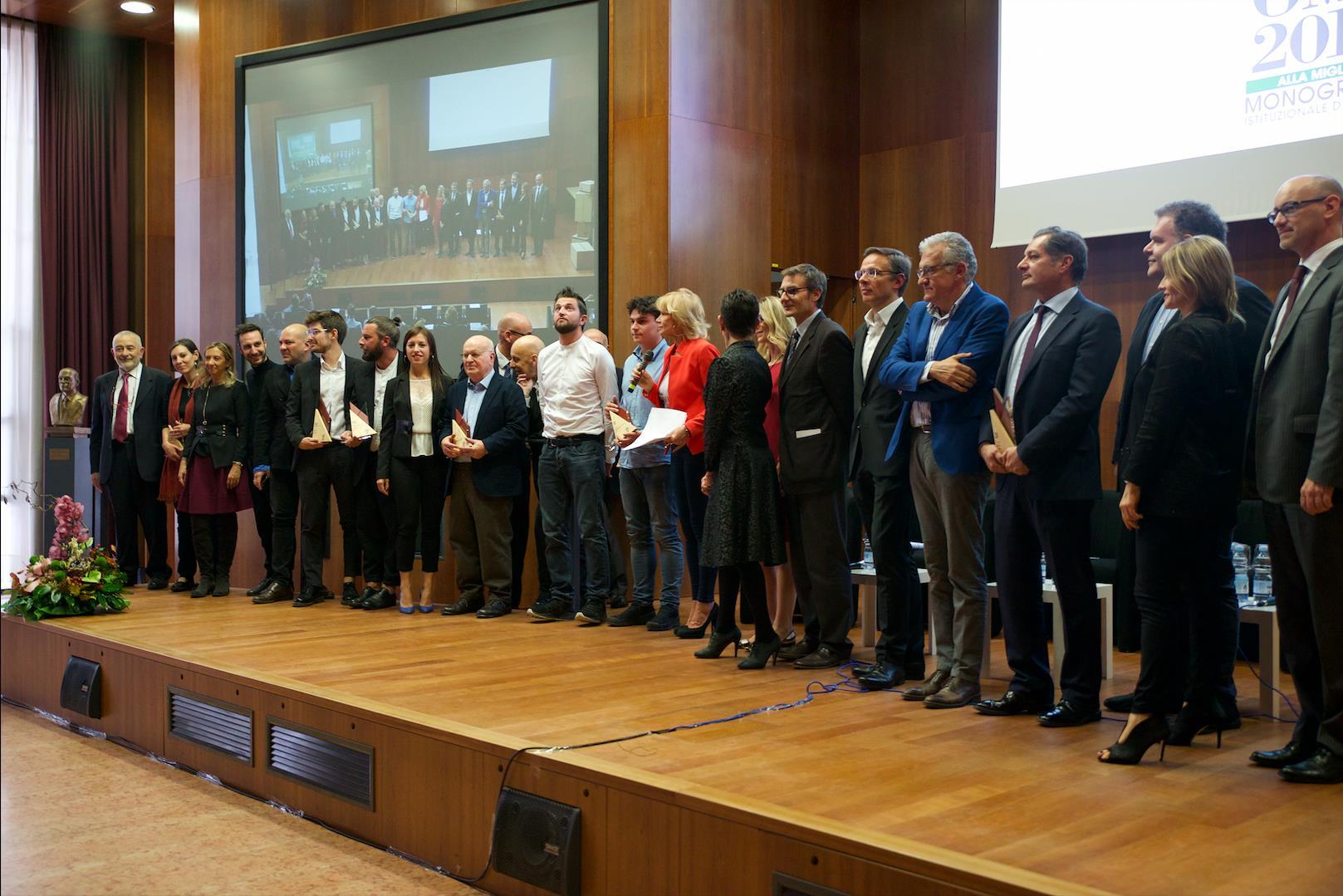 All 39 universit di verona la consegna dei premi omi 2018 for Velux italia spa